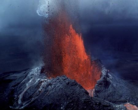 eruzione-effusiva