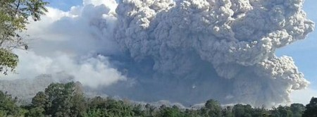 mt_sinabung_eruption_dec_14_2014