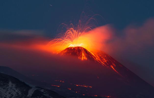 vulcano-etna-foto-hot